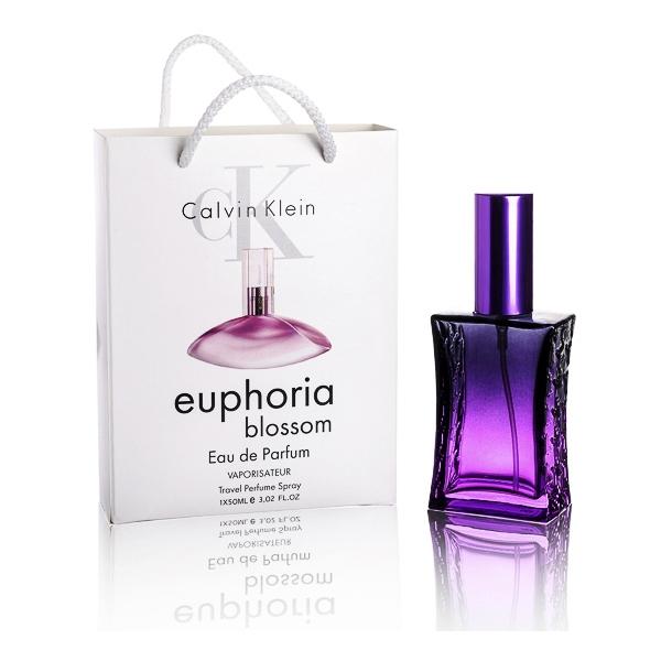 Calvin Klein Euphoria Blossom — туалетная вода в подарочной упаковке 60ml для женщин